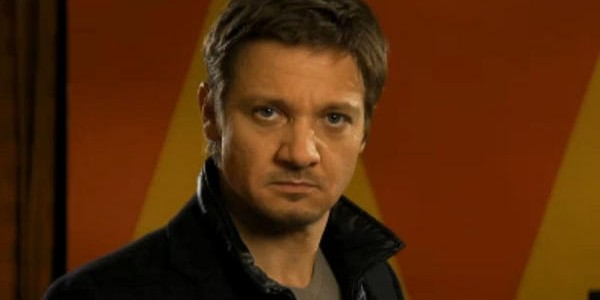 A7psOX1CIAAU0xS e1353246620892 Saturday Night Live Season 38, Episode 8 Review: Jeremy Renner