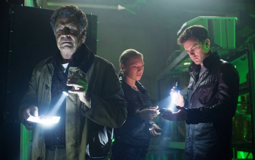 "Fringe Season 5, Episode 7 Review: ""Five-Twenty-Ten"""