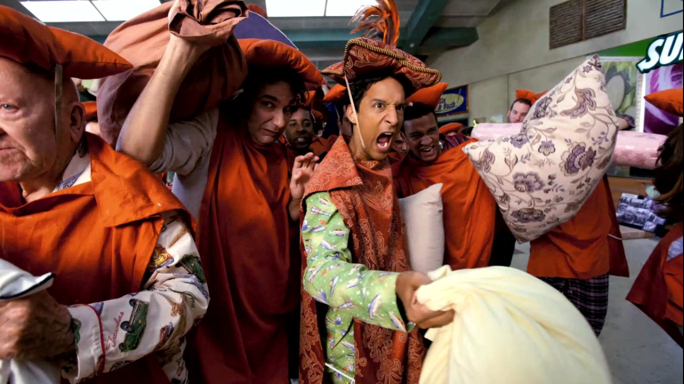 Community PillowsandBlankets Advanced Organization of Episodic Installments: The 10 Best Episodes of Community