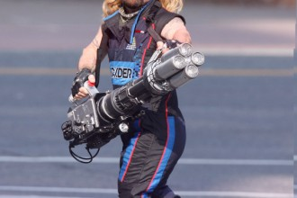 EXCLUSIVE: Peter Dinklage seen holding what appears to be a huge bazooka while filming his new movie 'Pixels'