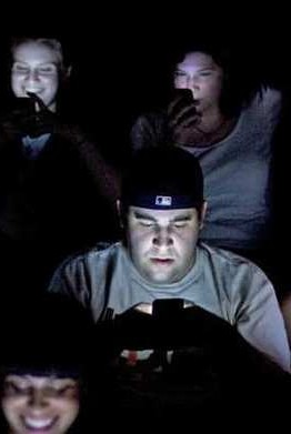 Texting-in-Movie-Theaters